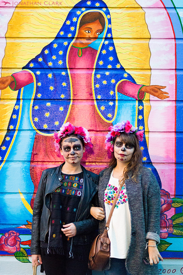dia-de-los-muertos-day-of-the-dead-san-francisco-face-paint-skull-photo-jonathan-clark-mary-women