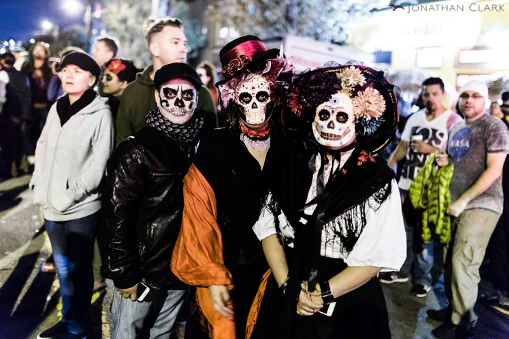 dia-de-los-muertos-day-of-the-dead-san-francisco-face-paint-skull-photo-jonathan-clark-three-people